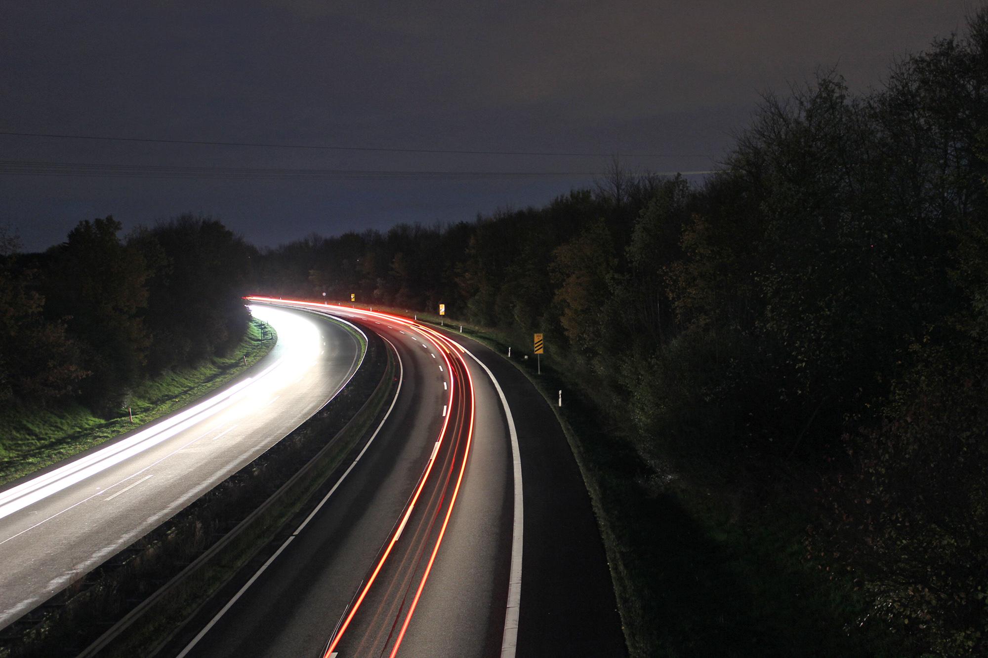 autobahn_bei_Nacht_1