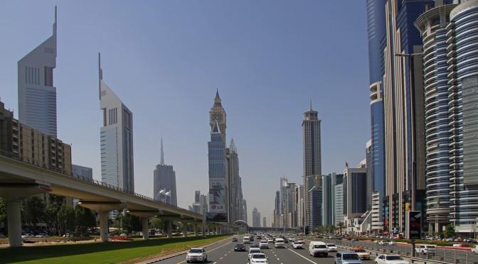 Dubai Strasse
